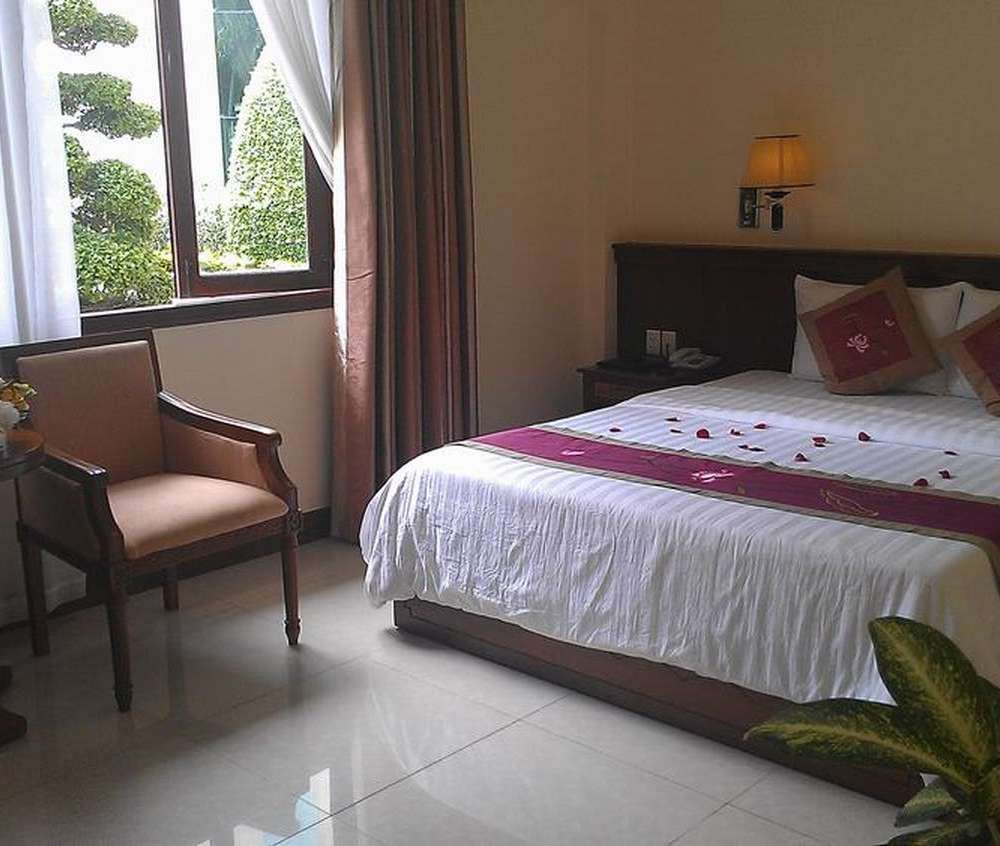 Nhà khách 108 Nguyễn Du